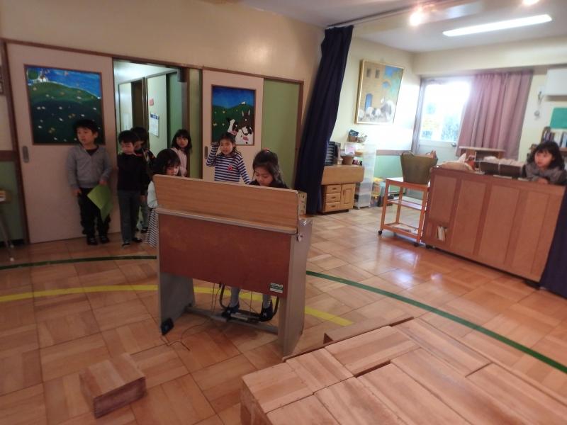 ひばり-2016年2月